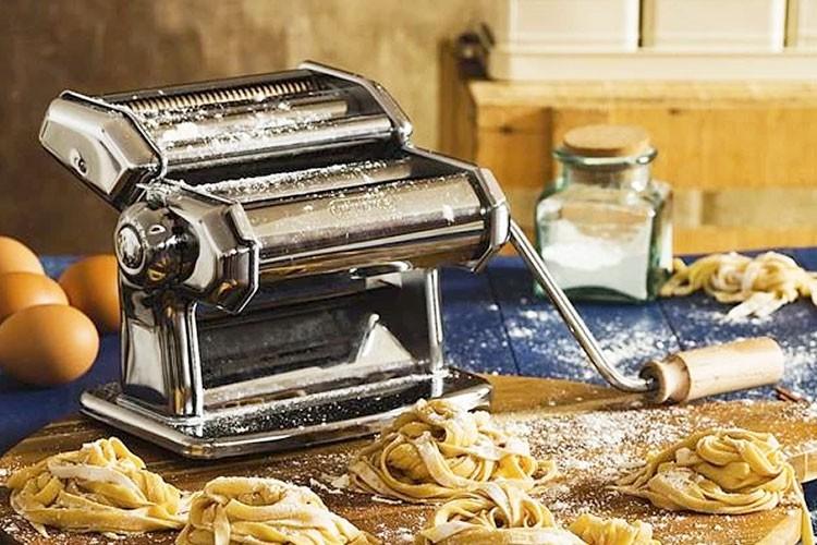 como-limpiar-maquina-de-pasta