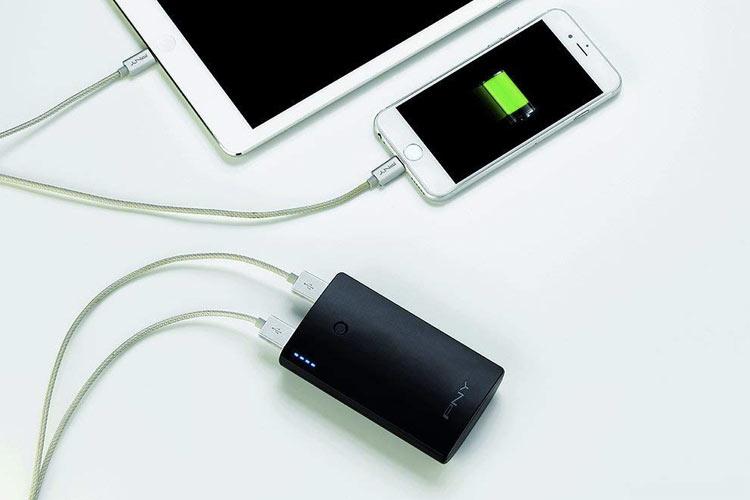 reciclar-bateria-portatil-PNY-PowerPack-Curve-7800