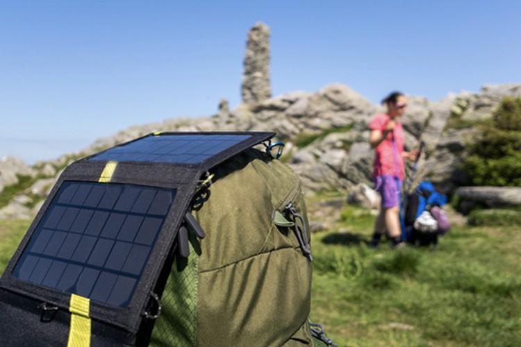 mejores-cargadores-solares