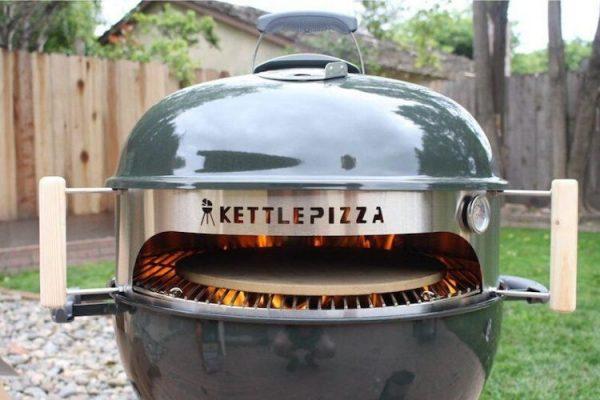 cocinar en el horno para pizza