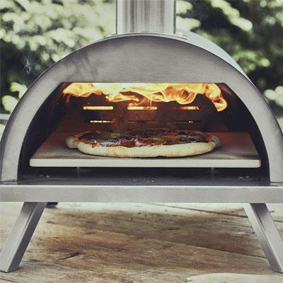 hacer-pizza-en-horno-de-leña