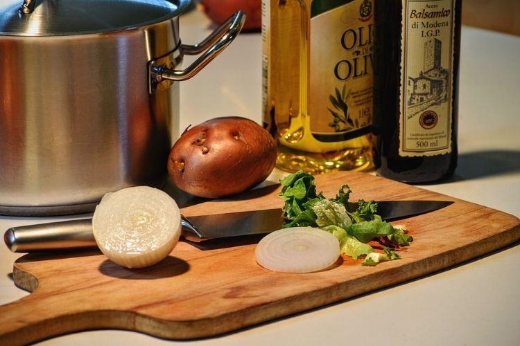 aceite para cocinar y aderezar